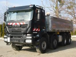 kipper vrachtwagen > 7.5 t Iveco Trakker 450 8x4 Euro 6 Dreiseitenkipper Meiller 2017