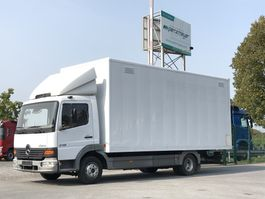 gesloten bestelwagen Mercedes-Benz 02.2020 Atego 815 L Koffer (Alu) mit Rolltor 2002