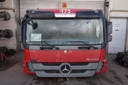 cabine - cabinedeel vrachtwagen onderdeel Mercedes-Benz Actros F04 MP3 LAAGDAK 2009