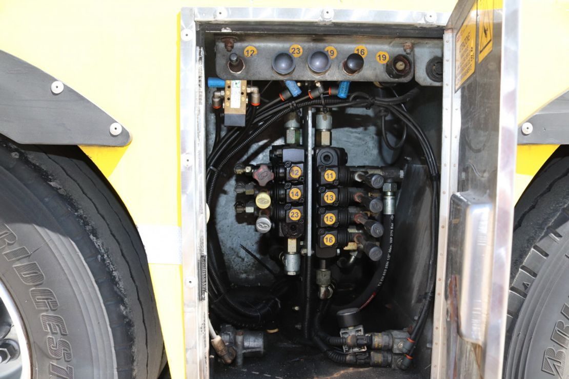 autotransporter vrachtwagen Mercedes-Benz Actros 1841 EEV E5 Komplett Zug Rolfo Retarder 2014