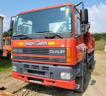 kipper vrachtwagen > 7.5 t DAF CF 85 6x4 kipper kraan GORMACH 18000 4X UITSCHUIFBAAR 2001
