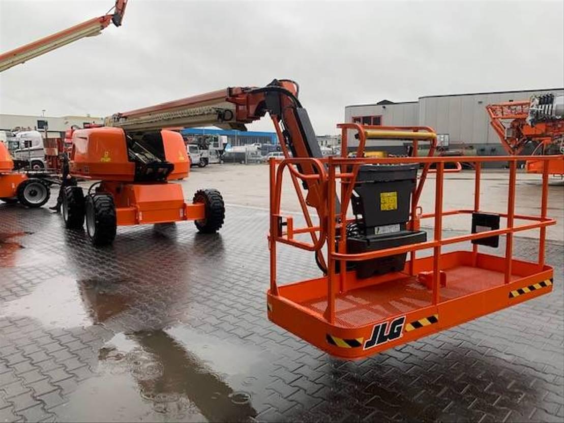 telescoophoogwerker wiel JLG 660 SJ 2019