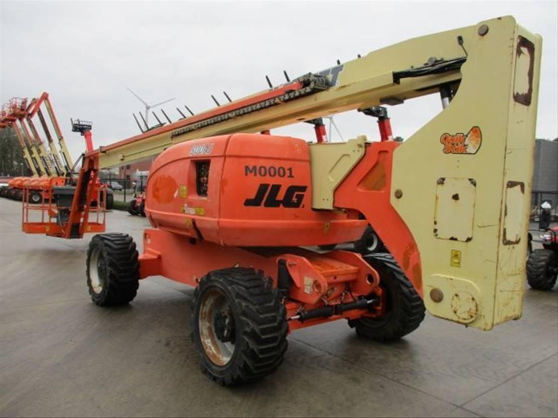 telescoophoogwerker wiel JLG 800 AJ (510) 2008