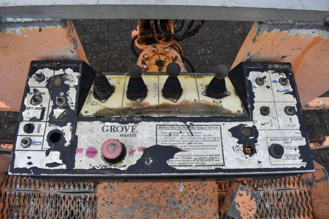 telescoophoogwerker wiel Grove 2010