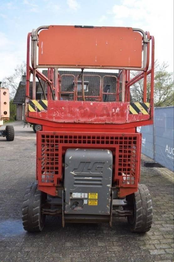 schaarhoogwerker wiel JLG 3368LE 2002