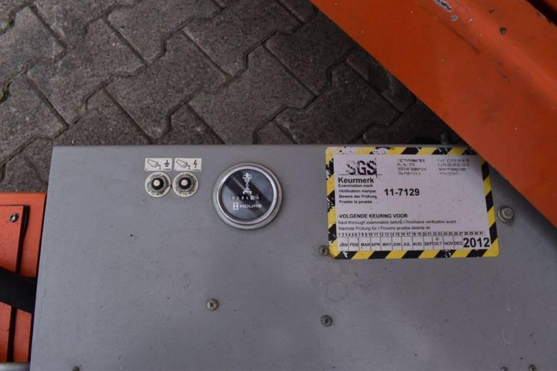 schaarhoogwerker wiel Skyjack SJIII-3220 2011