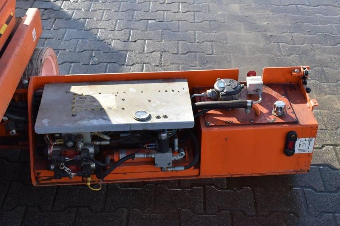 schaarhoogwerker wiel Skyjack SJIII-3220 2012
