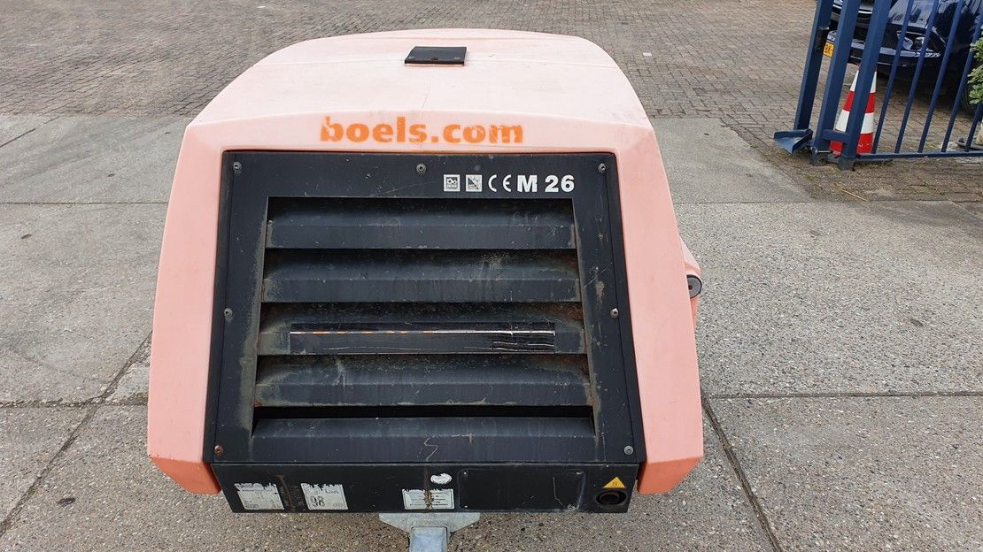 compressor Kaeser M26 with low hours! 2006