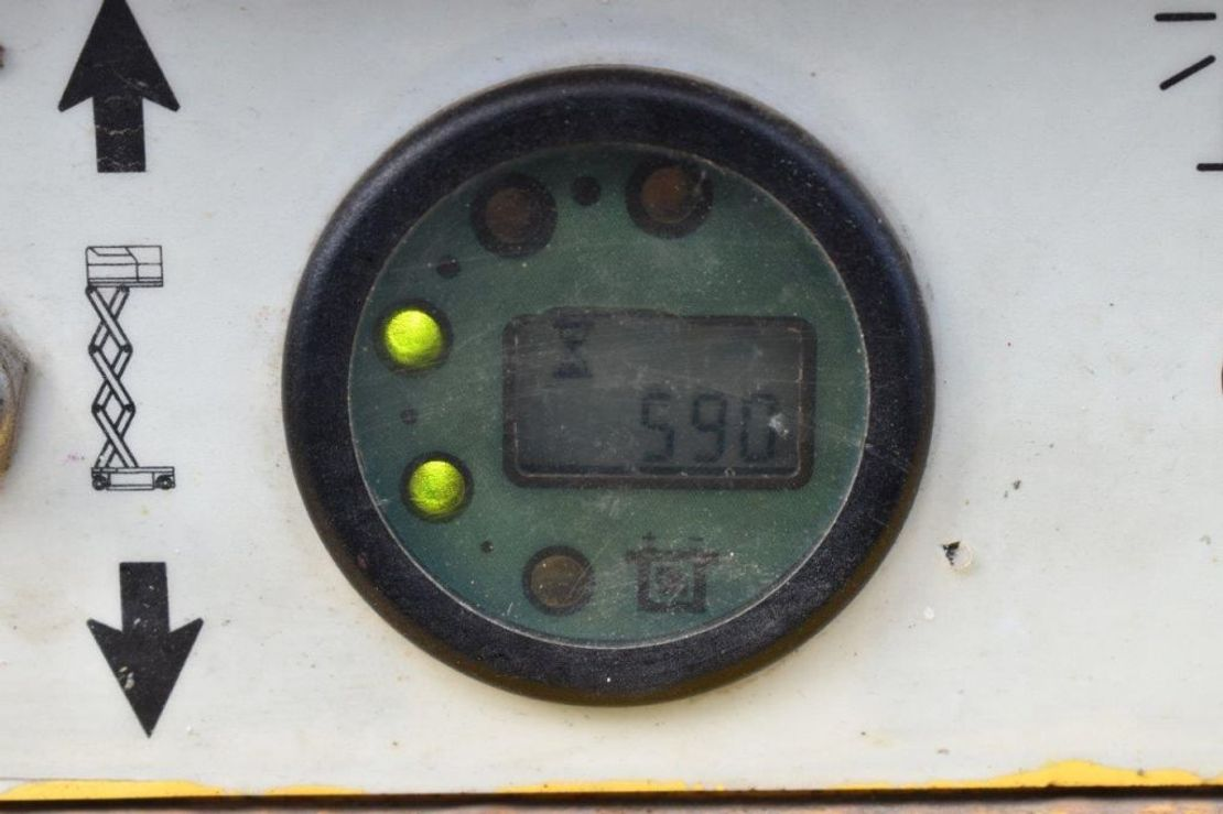 schaarhoogwerker wiel Haulotte Compact 12 2003