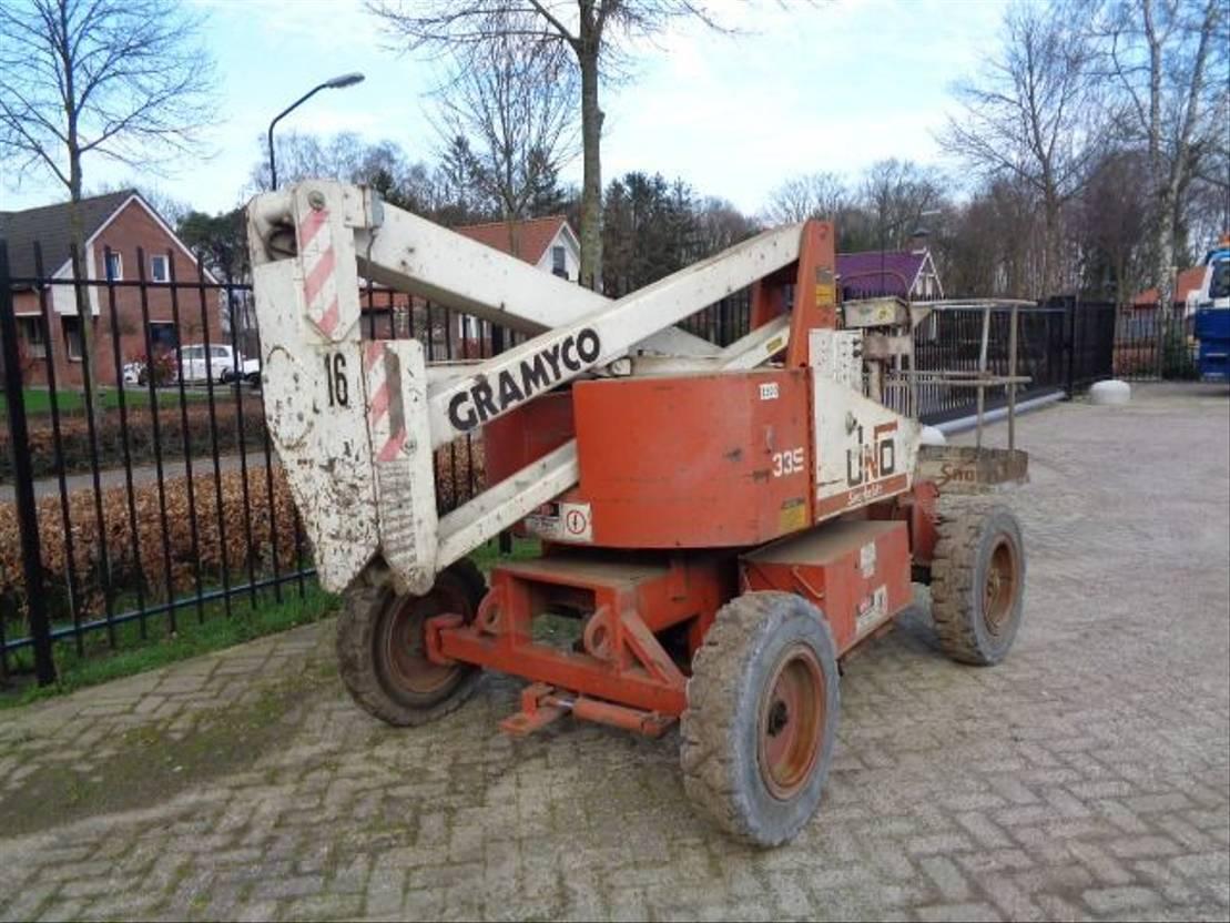 knikarmhoogwerker wiel Diversen Uno-33 E 2000
