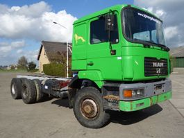 chassis cabine vrachtwagen MAN 26-403 6x6 long chassis 1997