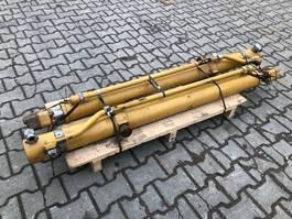 hydraulisch systeem equipment onderdeel Caterpillar D6 blade lift cilinder 2274008 / 2274007 like new 2012