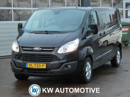 gesloten bestelwagen Ford Transit Custom 290 2.2 TDCI L2H1 Limited DC NAVI/ AIRCO/ CRUISE/ PARKEERSENSOREN/ TREKH... 2015