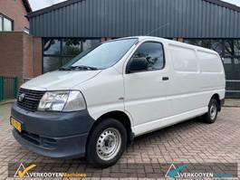 gesloten bestelwagen Toyota HiAce 2.5 D-4D LWB Comfort 2009