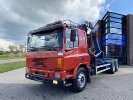 containersysteem vrachtwagen DAF CF 75 Hook + HMF Crane / 6x2 / Manual 1996