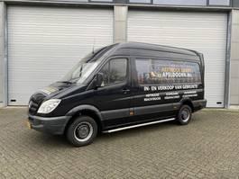gesloten bestelwagen Mercedes-Benz Sprinter zwart automaat laadklep 500kg camera 2008