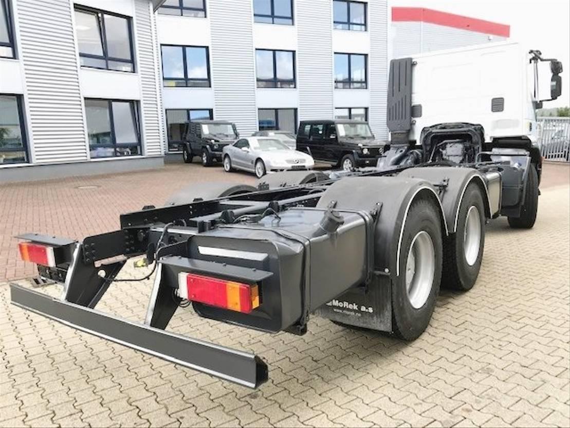 chassis cabine vrachtwagen Diversen Andere Trakker AD260T36 6x4 Trakker AD260T36 6x4 eFH. 2011