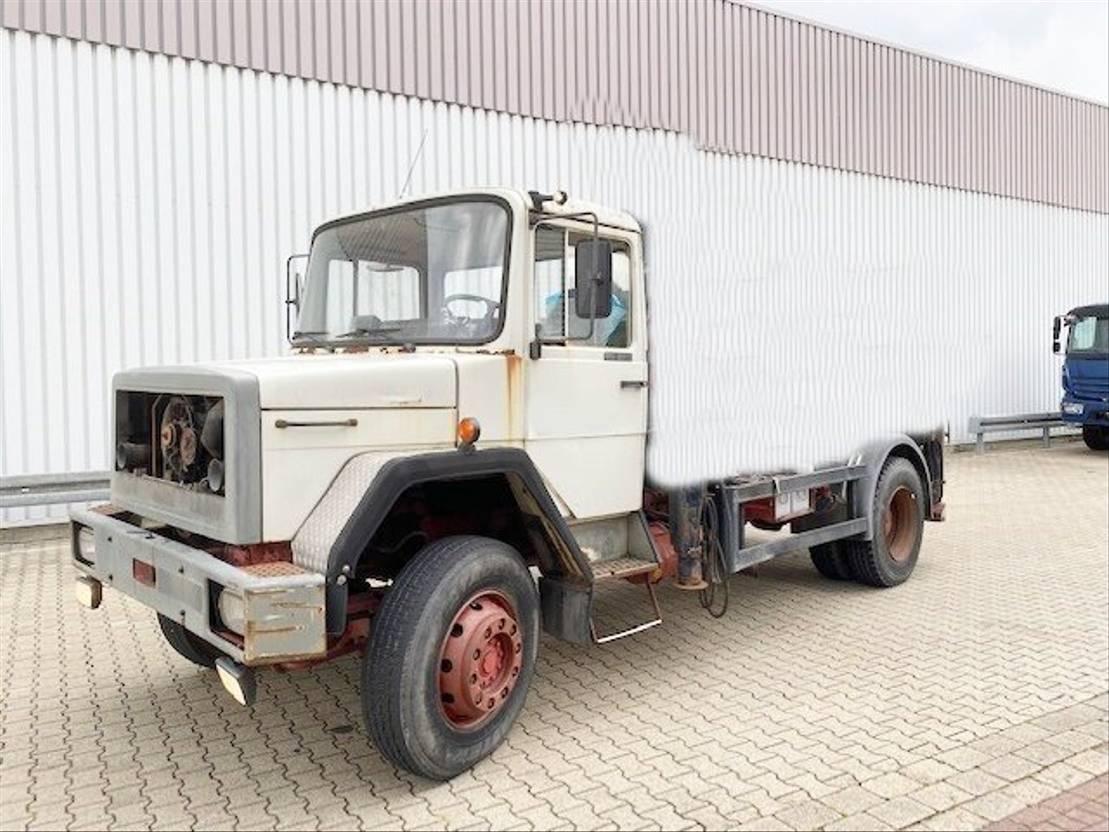 chassis cabine vrachtwagen Diversen Andere 150-16 4x2 150-16 4x2 Dachluke 1989