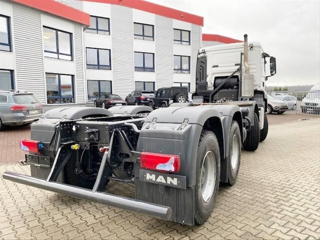 chassis cabine vrachtwagen MAN TGS 35 8x6 BB TGS 35.400 8x6 BB Standheizung