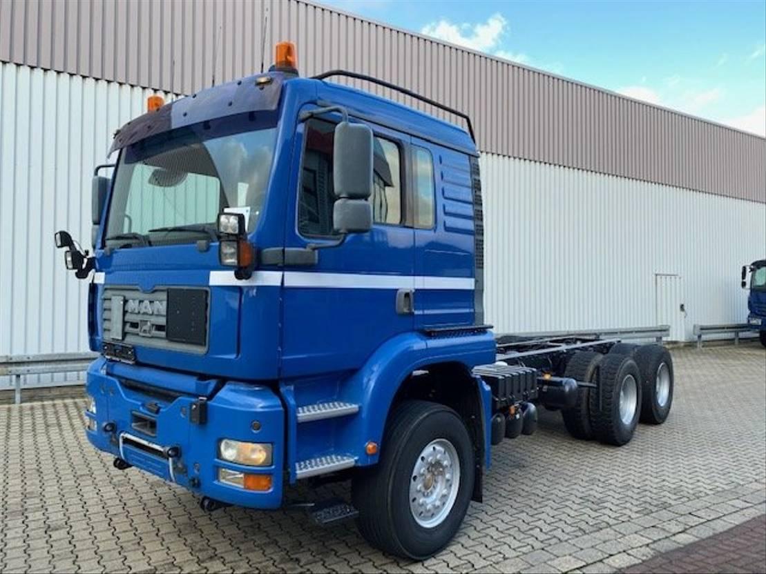 chassis cabine vrachtwagen MAN 26.483 6x4 FDLK TGA 26.483 6x4 FDLK, Winterdienstausstattung 2003