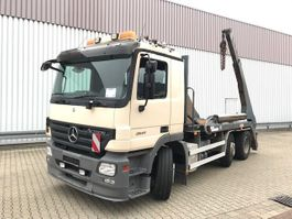 containersysteem vrachtwagen Mercedes-Benz Actros 2541 L 6x2/4 Actros 2541 L 6x2/4 mit Vorlauflenk-/Liftachse 2005