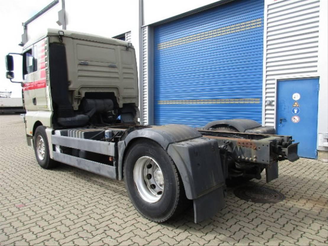 chassis cabine vrachtwagen MAN TGA 18 4x2 Standheizung/Klima/Sitzhzg./eFH. 2000