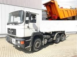 kipper vrachtwagen > 7.5 t MAN 24.292 DFK 6x4 BB 24.292/26.372 DFK 6x4 BB, 6-Zylinder Motor, ca.11m³, N... 1988