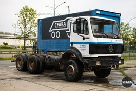 chassis cabine vrachtwagen Mercedes-Benz SK 2527 10 roues chassis-cabine 1992