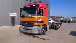 chassis cabine vrachtwagen Mercedes-Benz Actros 2540 (GRAND PONT & BOITE MANUELLE / BIG AXLE  & MANUAL GEARBOX / 6X2 / EURO 2) 1998