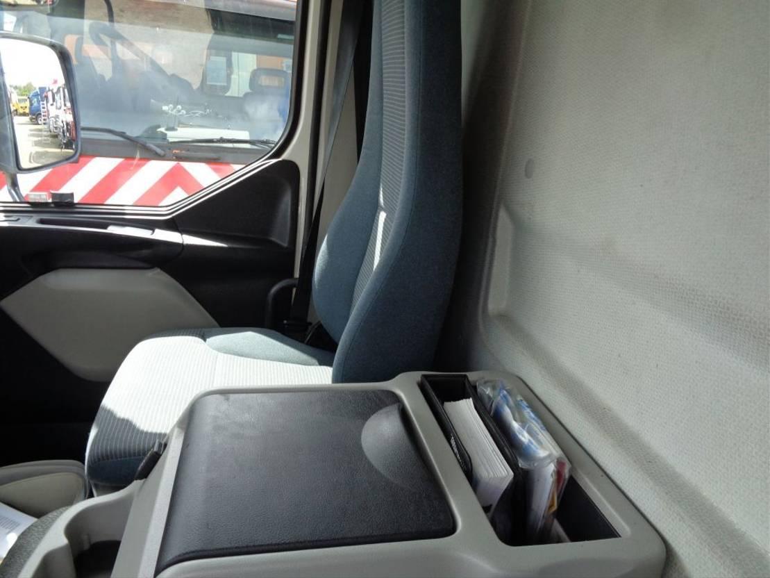 platform vrachtwagen Volvo FL 280 long box + Manual + Dhollandia Lift + ADR (gas) + low mileage 2008