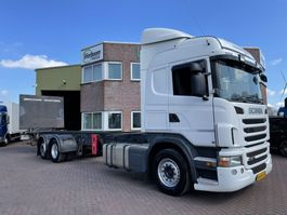 chassis cabine vrachtwagen Scania G320 6X2 MANUAL GEARBOX RIGHT HAND DRIVE TOP CONDITION LOW KILOMTERS!