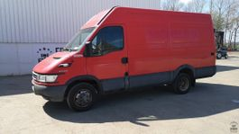 gesloten bestelwagen Iveco Daily 40C14V 2005