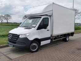 gesloten bestelwagen Mercedes-Benz Sprinter 516 cdi gesloten laadbak 2019