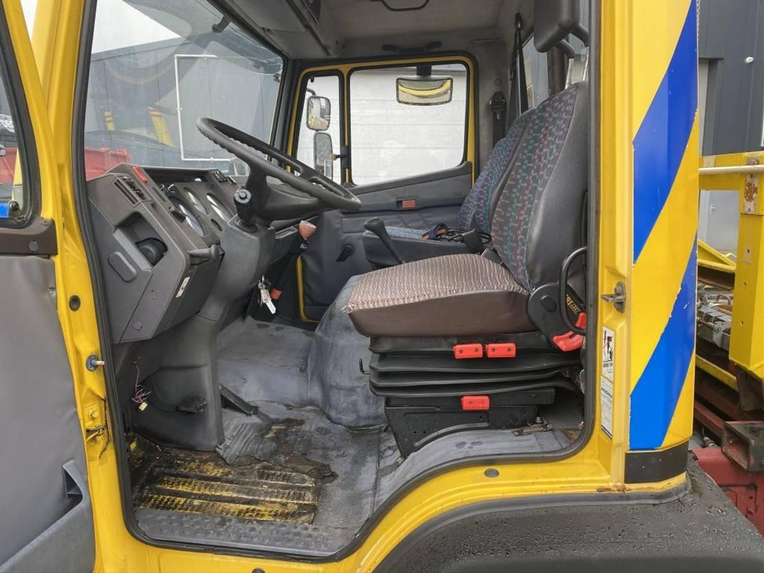 autotransporter vrachtwagen Mercedes-Benz 814 DEPANNAGE TRUCK