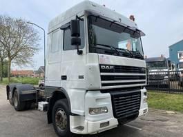 chassis cabine vrachtwagen DAF XF 95 SPACECAB 6X2 ZEER MOOIE DAF 2003