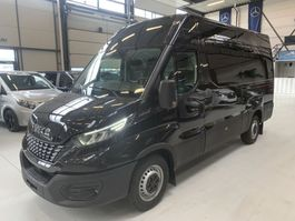 gesloten bestelwagen Iveco Daily 35c18 Iveco Daily 35C18 L2H2 HiMatic Automaat Airco Navi Dubb cab Led Trekhaak   NIEUW 2021