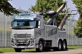takelwagen-bergingswagen-vrachtwagen Volvo FH16 6x4 BB EMPL WRECKER 2012