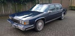 sedan auto Cadillac cadillac De Ville. 8 Cil.automaat 1986