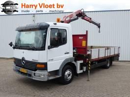 bakwagen vrachtwagen Mercedes-Benz Atego 815 with HMF crane 2000