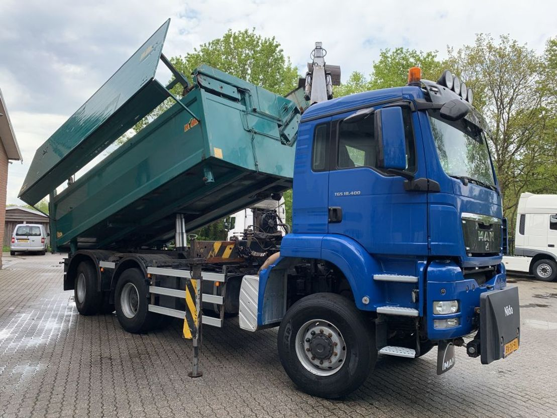 driezijdige kipper vrachtwagen MAN TGX 26.440 6x6 Drie-zijdige kipper HMF 16t/m Z Crane 2008