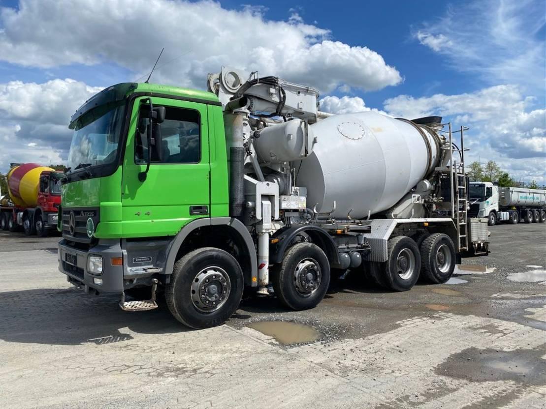 betonpomp vrachtwagen Mercedes-Benz 4141 Putzmeister 26m 2006