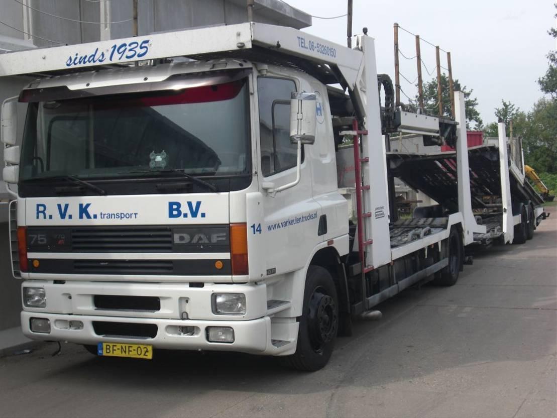 autotransporter vrachtwagen DAF 75 2000