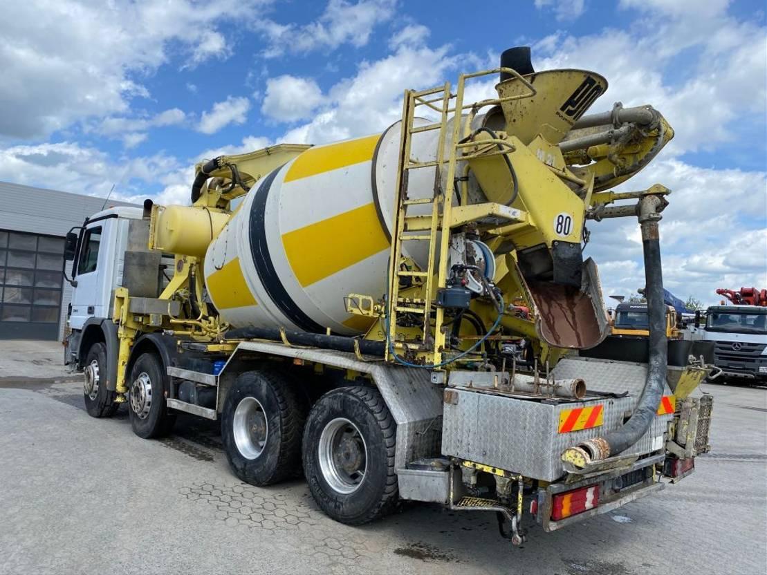 betonpomp vrachtwagen Mercedes-Benz 3241Putzmeister 21m - 21.67CS 2005