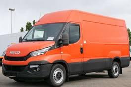 gesloten bestelwagen Iveco Kasten 35S17V Automatik 3,0 Ltr. 3-Sitzer 2015
