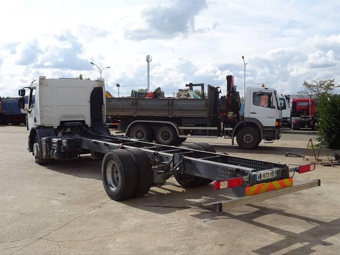 chassis cabine vrachtwagen Renault 320 DXI PREMIUM  4X2 2009
