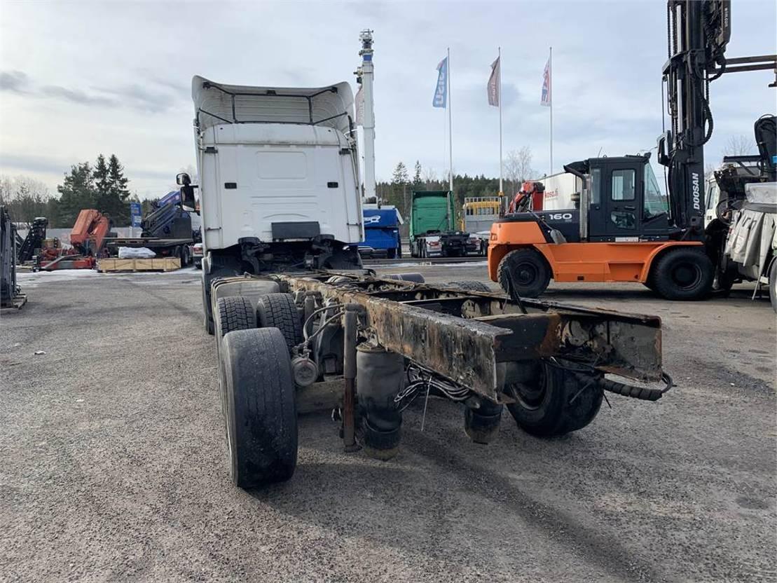 chassis cabine vrachtwagen Scania R114 6x2 2000