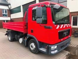 kipper bedrijfswagen <3.5 t MAN 7.150 4x2 BB Meiller 3 Seiten Kipper 2xAHK 2011