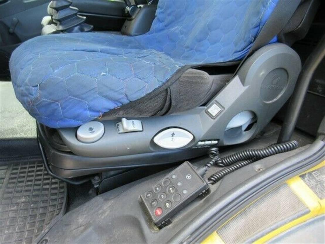takelwagen-bergingswagen-vrachtwagen Mercedes-Benz 1018 Abschlepper, Plateau hergerichtet, Rampen 2008