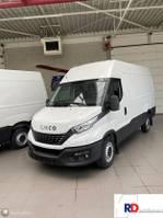 gesloten bestelwagen Iveco Daily 35 S16V 2.3 3520L H2 MET BINNENBETIMMERING 2021