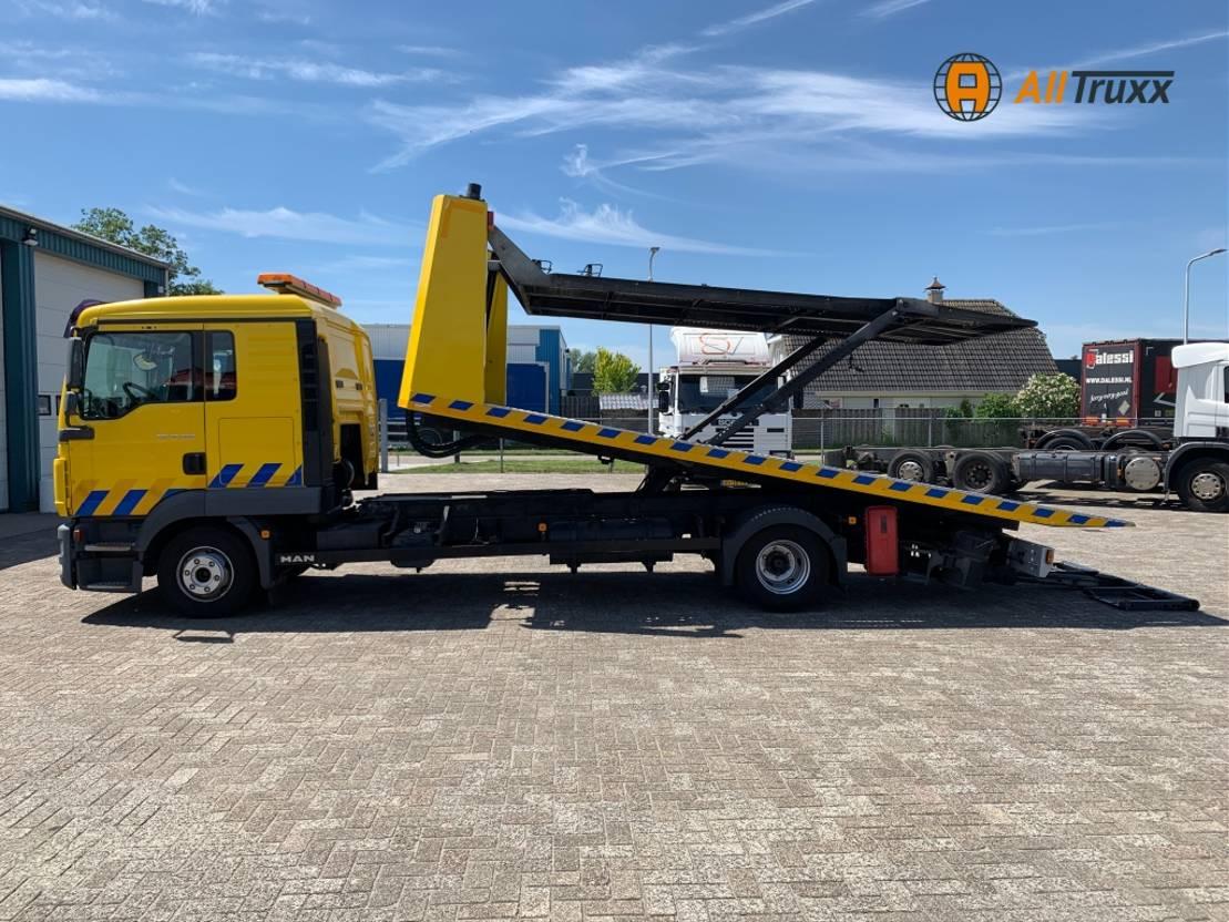 takelwagen-bergingswagen-vrachtwagen MAN TGL 12 EEV 3-Lader / DoppelKabine / NL truck 2011